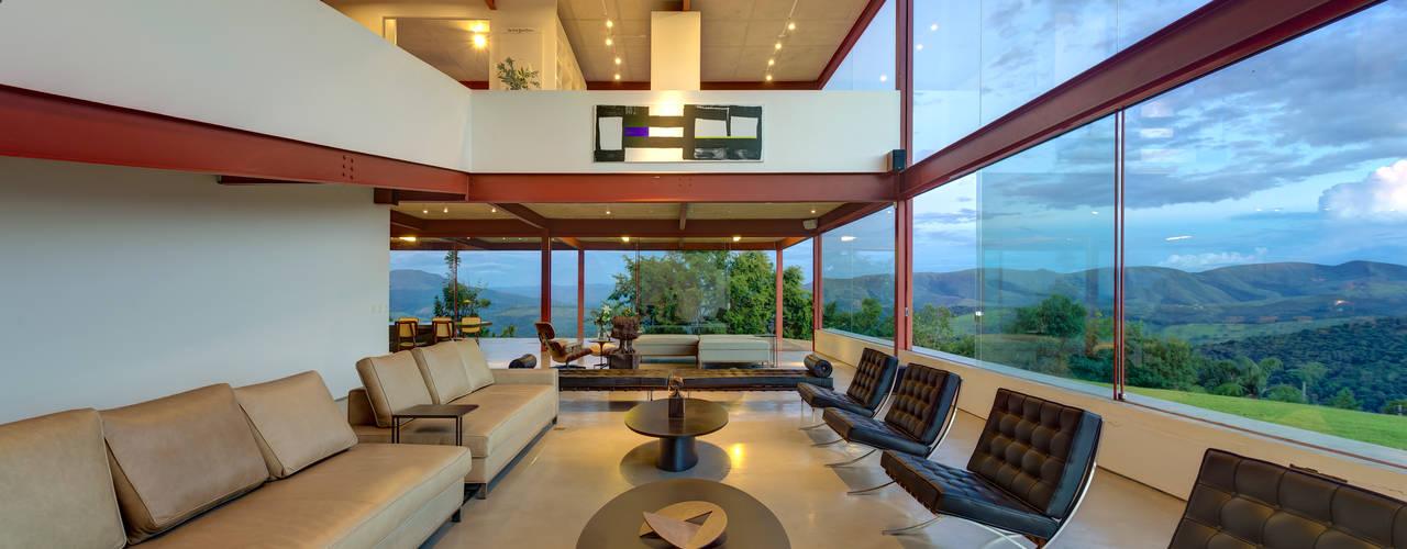 Гостиная в . Автор – Denise Macedo Arquitetos Associados