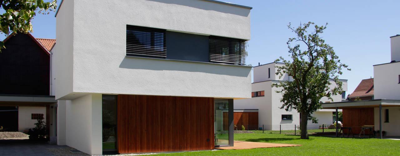 Tillmann Fuchs Dipl.-Ing. Architekt BDA: moderne Häuser von Scholz&Fuchs Architekten
