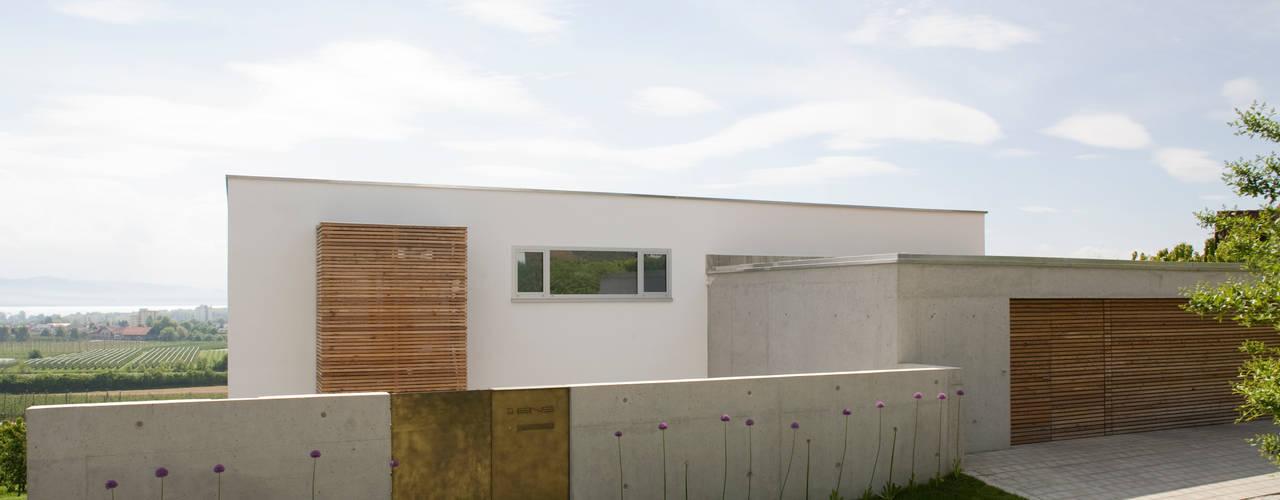 Casas modernas de GMS Freie Architekten Isny / Friedrichshafen Moderno