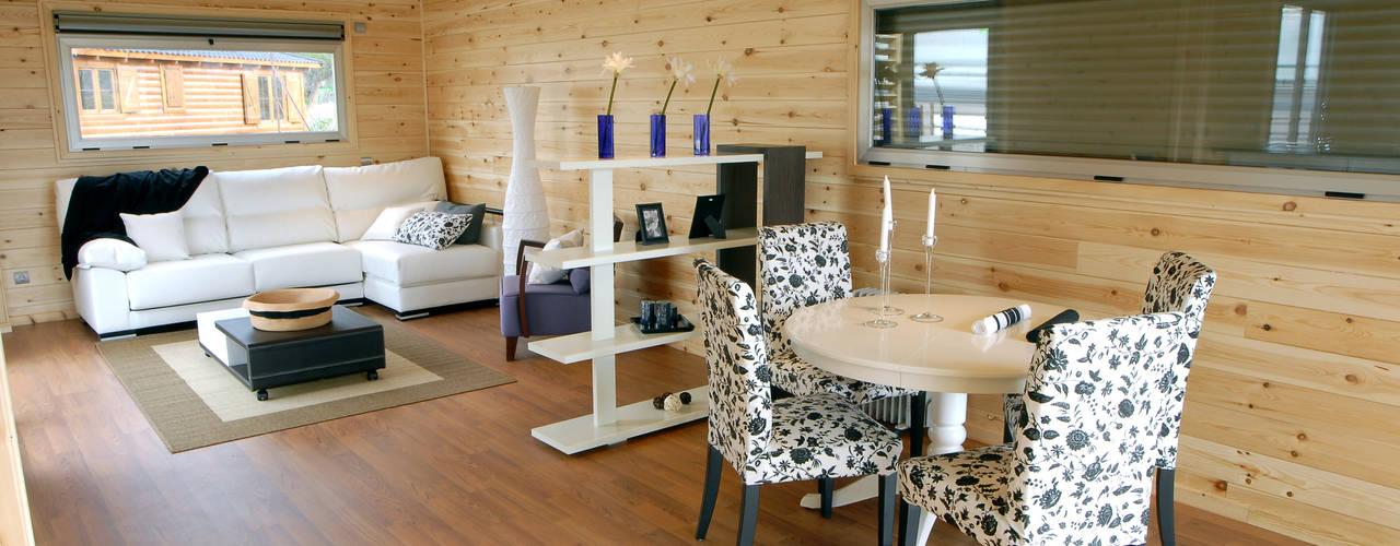 Modern Dining Room by Casas Natura Modern
