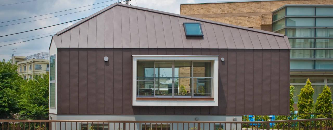บ้านและที่อยู่อาศัย by 水石浩太建築設計室/ MIZUISHI Architect Atelier