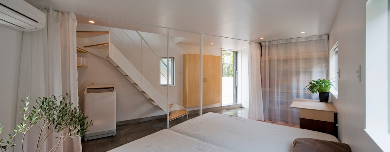River side house / House in Horinouchi Chambre moderne par 水石浩太建築設計室/ MIZUISHI Architect Atelier Moderne