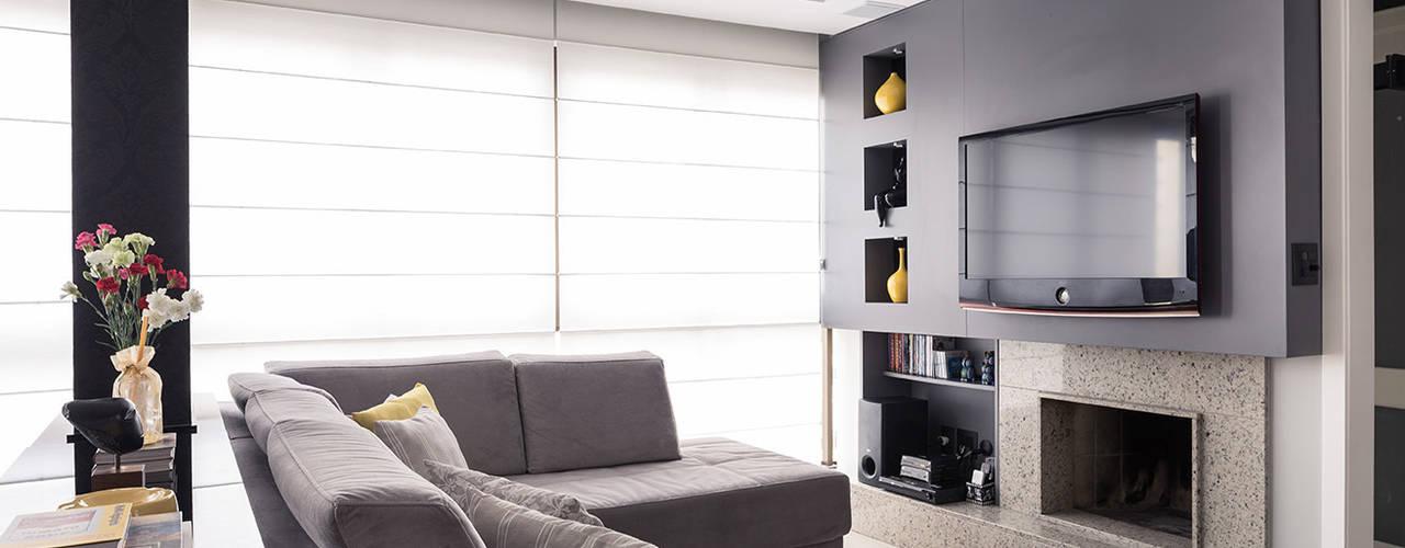 Moderne Wohnzimmer von Blacher Arquitetura Modern