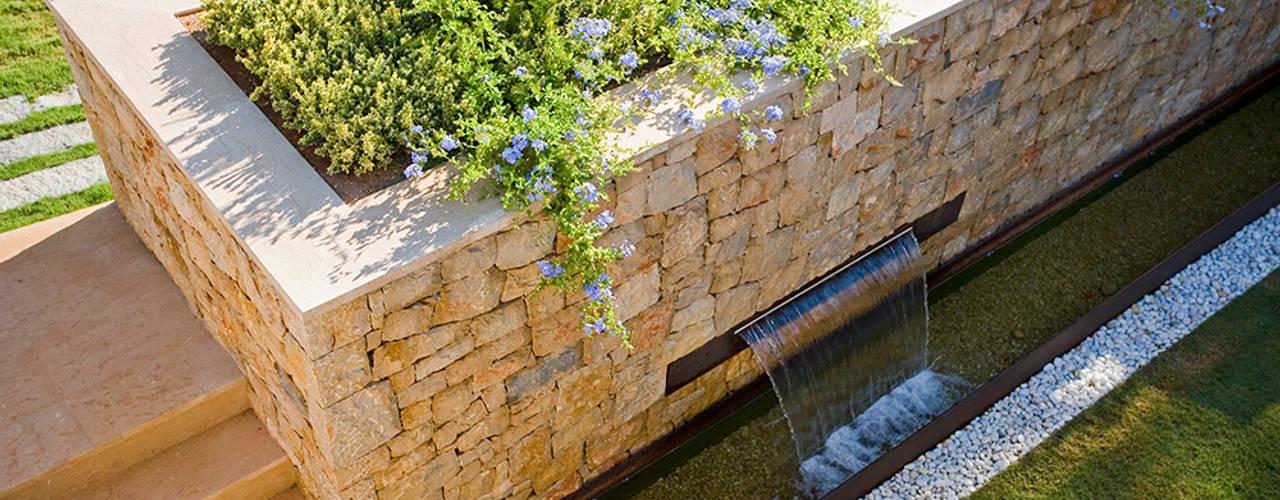 حديقة تنفيذ Jorge Belloch interiorismo