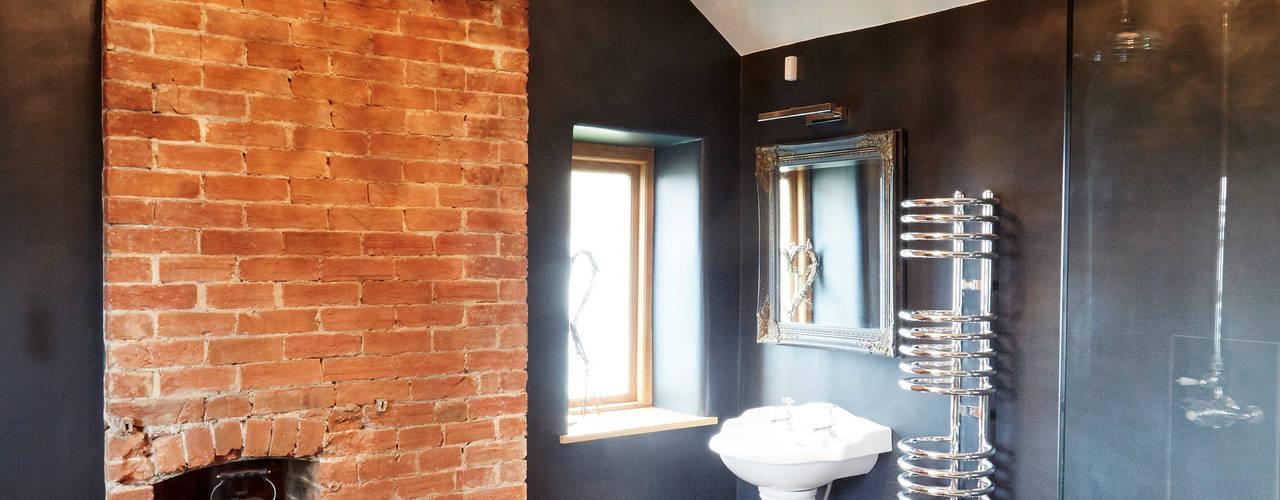 Wren Cottage Salle de bain rurale par Hart Design and Construction Rural