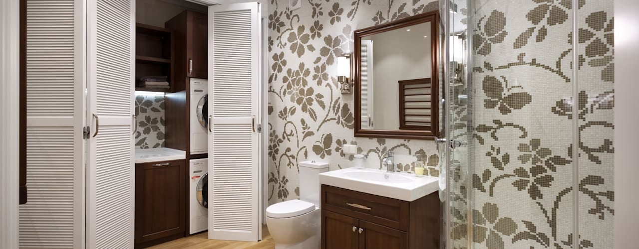Salle de bains de style  par MARTINarchitects, Classique