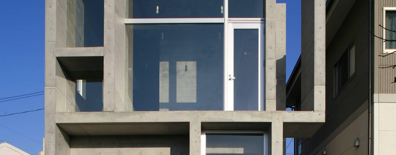 奥谷の家 モダンな 家 の 白根博紀建築設計事務所 モダン