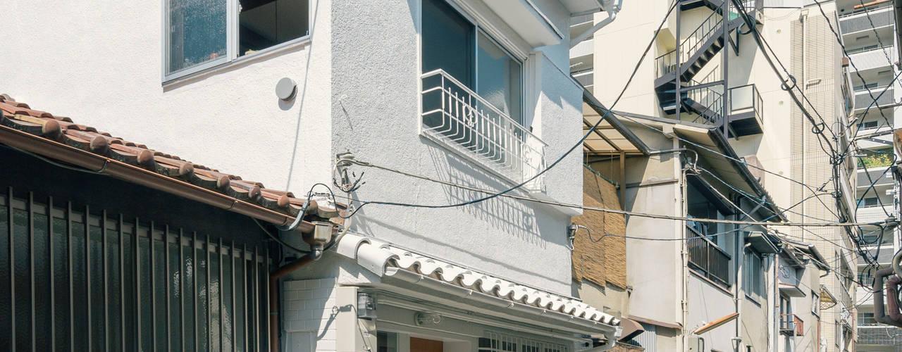 Rumah Gaya Eklektik Oleh coil松村一輝建設計事務所 Eklektik