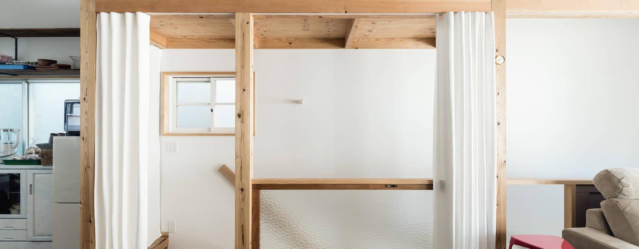 Re:Toyosaki オリジナルスタイルの 玄関&廊下&階段 の coil松村一輝建設計事務所 オリジナル