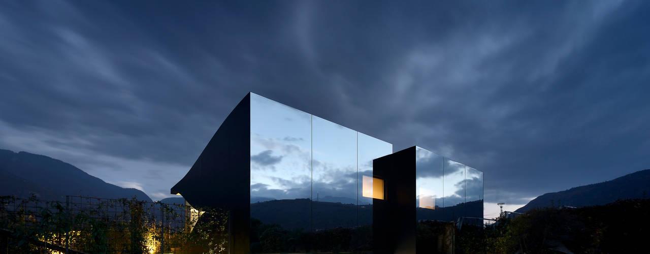 Casas de estilo  por Peter Pichler Architecture