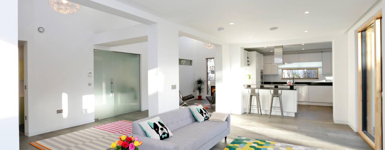 Schoolmasters modular eco house Salas de estar modernas por build different Moderno