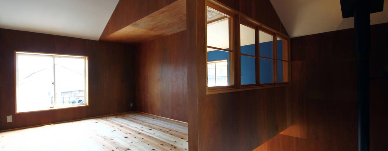 Minoyanagi house オリジナルデザインの リビング の TAB オリジナル