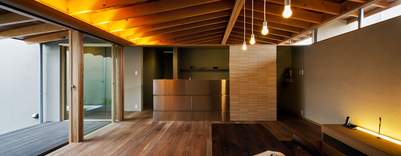 Ruang Keluarga Modern Oleh 有限会社ミサオケンチクラボ Modern