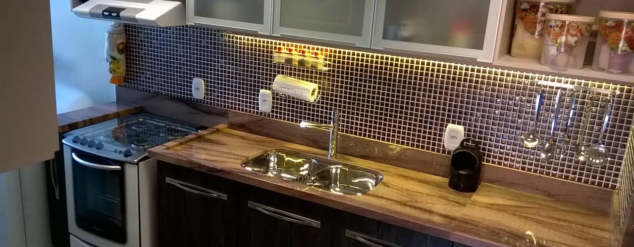 Modern kitchen by casulo arquitetura design Modern
