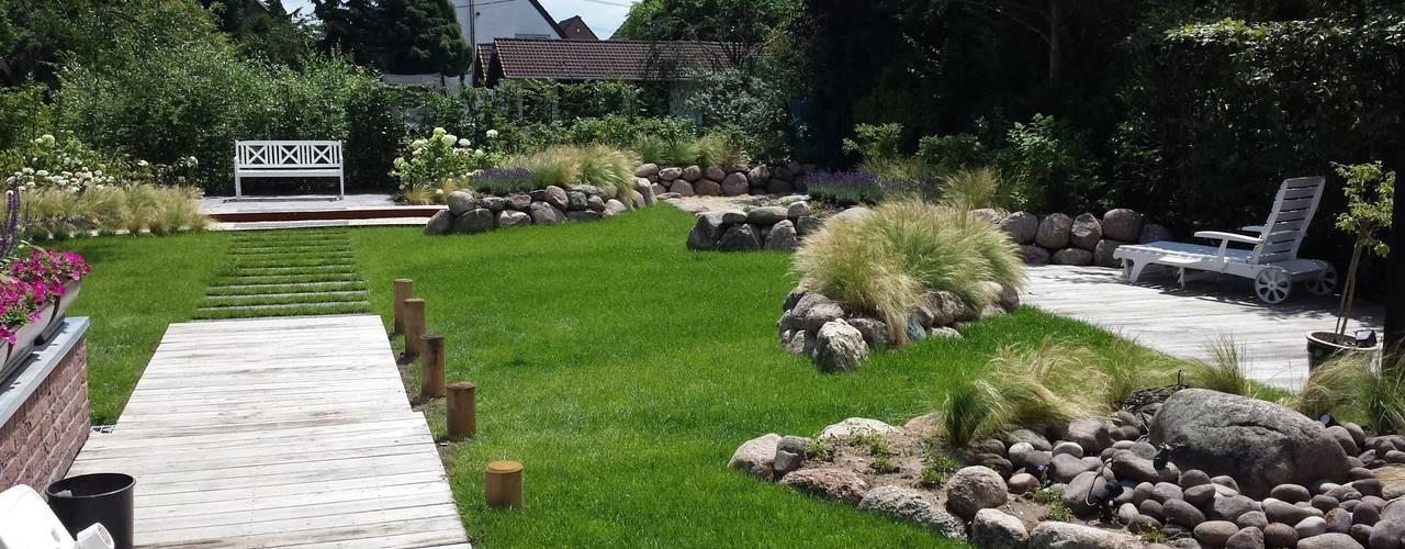 Jardins modernos por SUD[D]EN Gärten und Landschaften Moderno