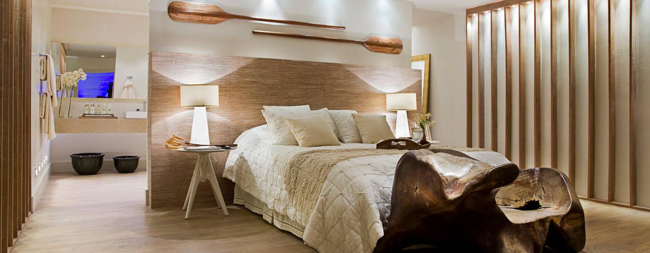 Dormitorios de estilo  por Tweedie+Pasquali
