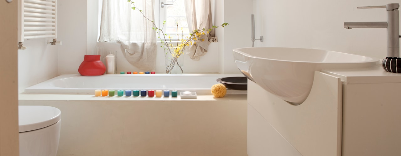 modern Bathroom by davide petronici | architettura