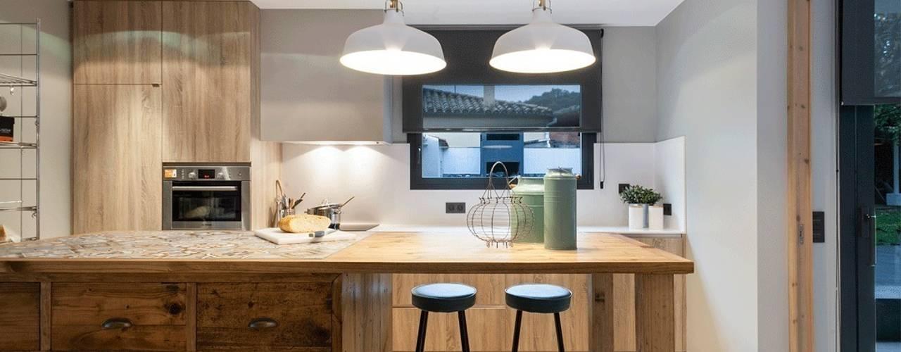Cocinas de estilo  por Dröm Living, Escandinavo