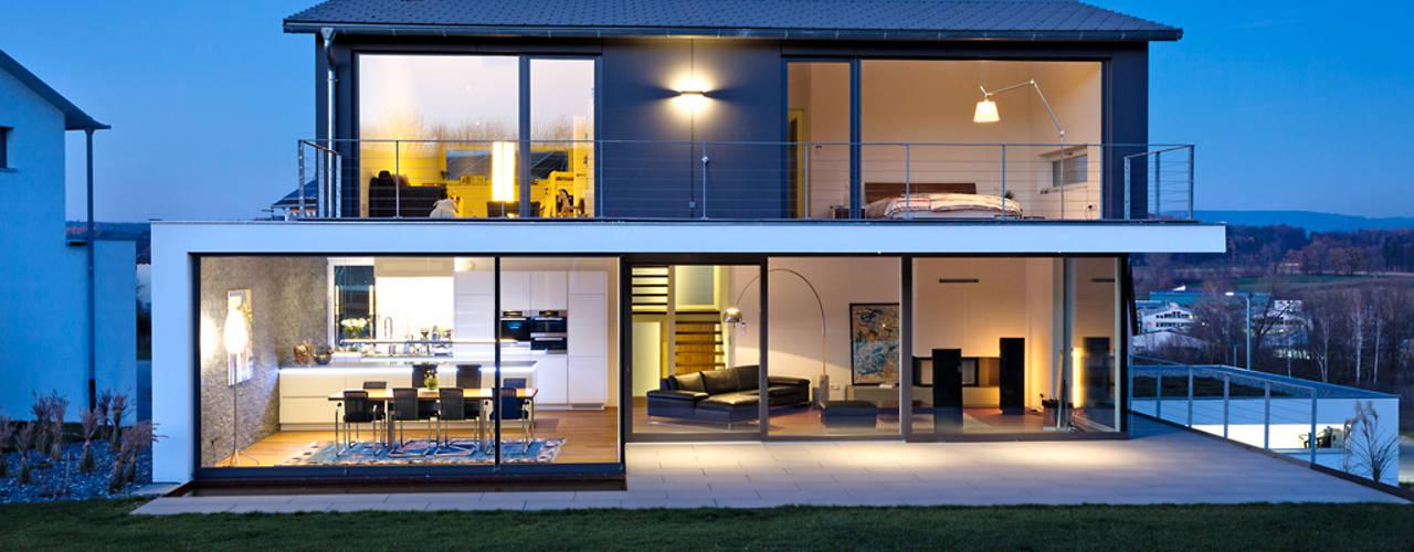 Moderne huizen van m67 architekten Modern