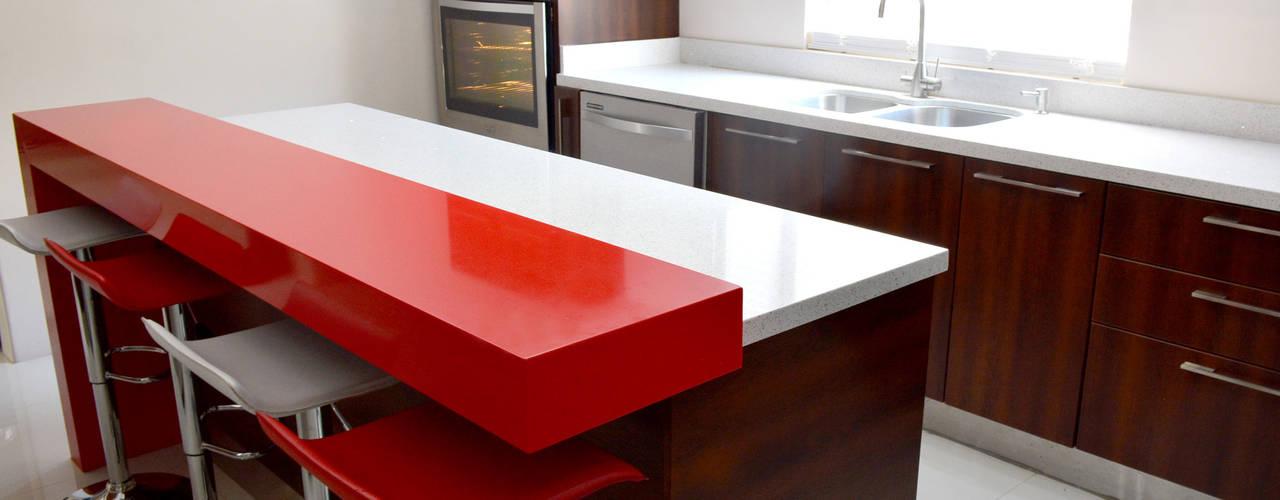 廚房 by Toren Cocinas , 現代風