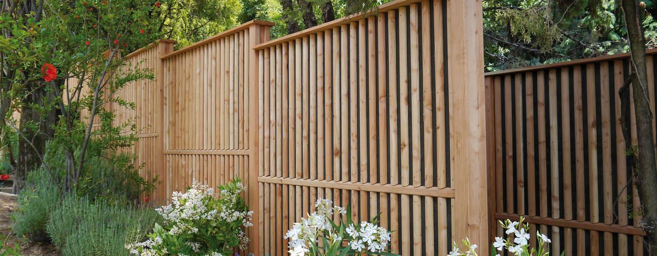 Modern style gardens by Braun & Würfele - Holz im Garten Modern
