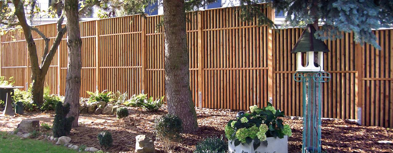 Modern Garden by Braun & Würfele - Holz im Garten Modern