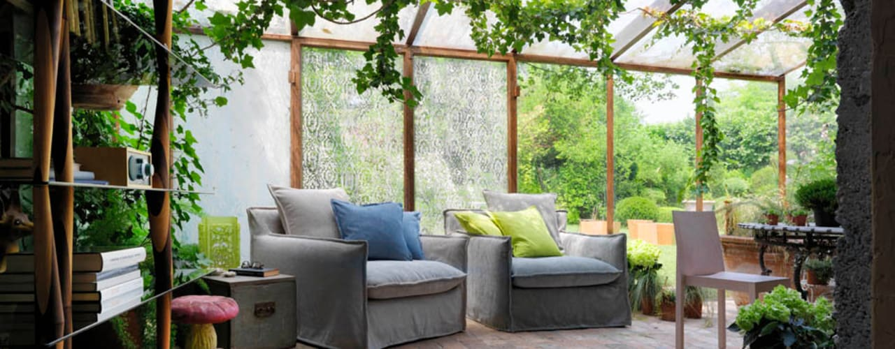 Indoor-Outdoor living spaces in the Country House by HORM.IT Country