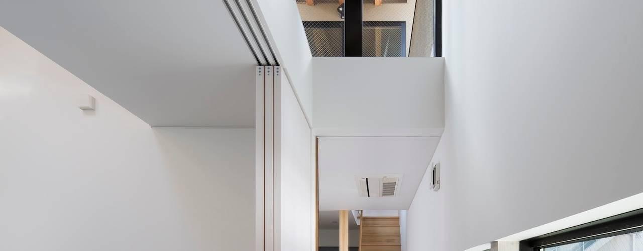 大今里の家 オリジナルスタイルの 玄関&廊下&階段 の 井上久実設計室 オリジナル