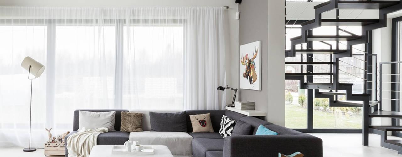 Dom - okolice Krakowa: styl , w kategorii Salon zaprojektowany przez stabrawa.pl,Skandynawski