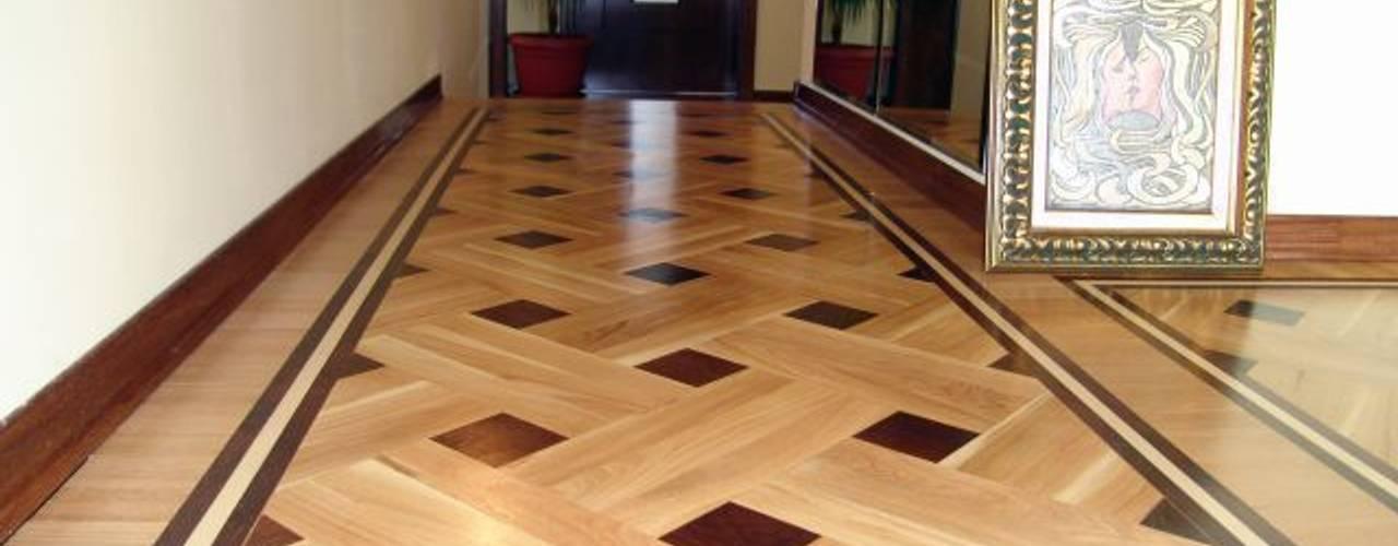 الممر والمدخل تنفيذ Luxury Wood Flooring Ltd,