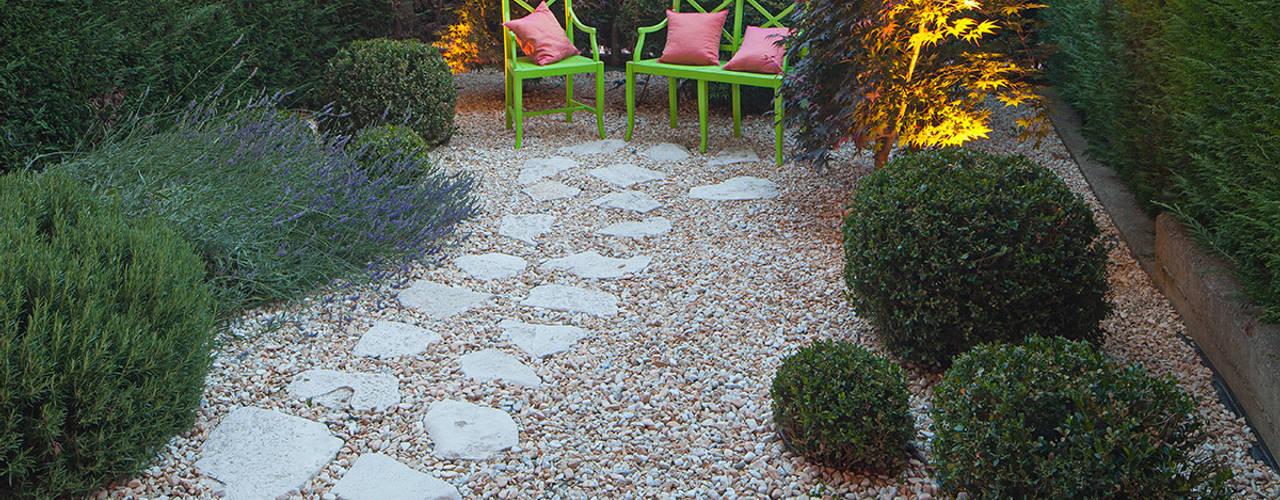 Giardino in Acqui Terme AL silvia delpiano studio e progettazione giardini Giardino eclettico