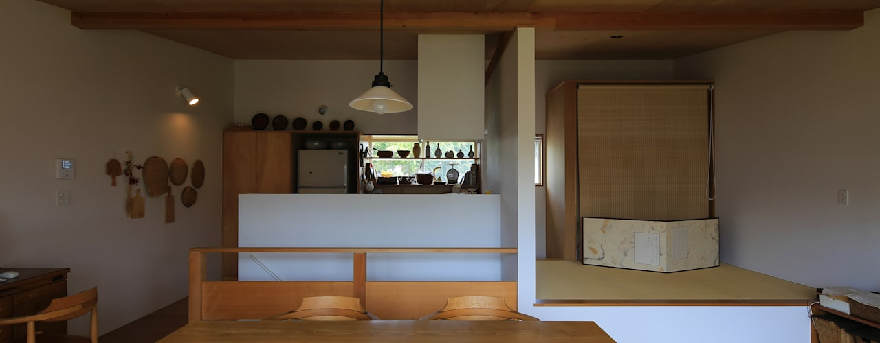 por 早田雄次郎建築設計事務所/Yujiro Hayata Architect & Associates Eclético