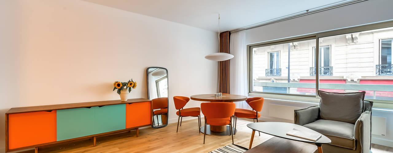 PARIS 8: Salle à manger de style  par blackStones
