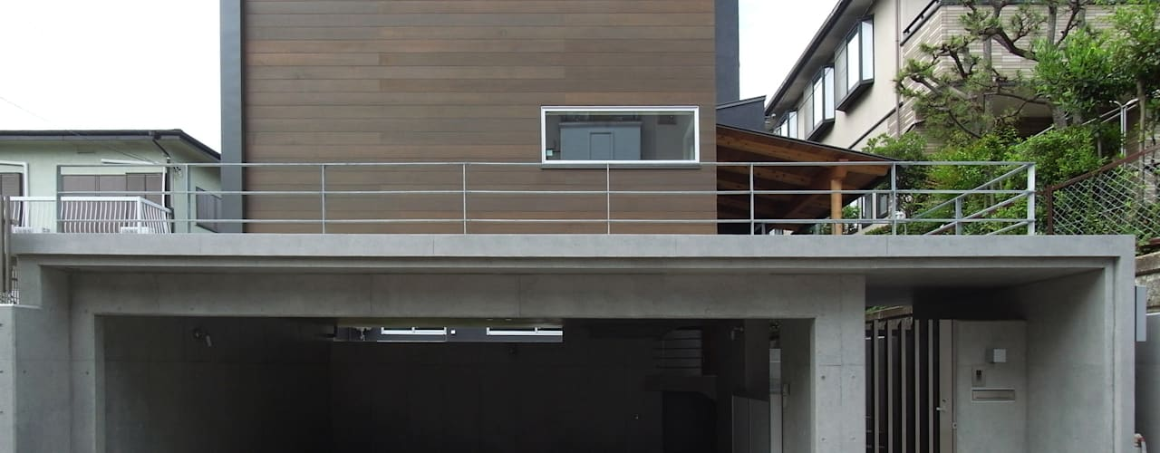 DROP ON LEAF: 充総合計画 一級建築士事務所が手掛けた家です。,モダン