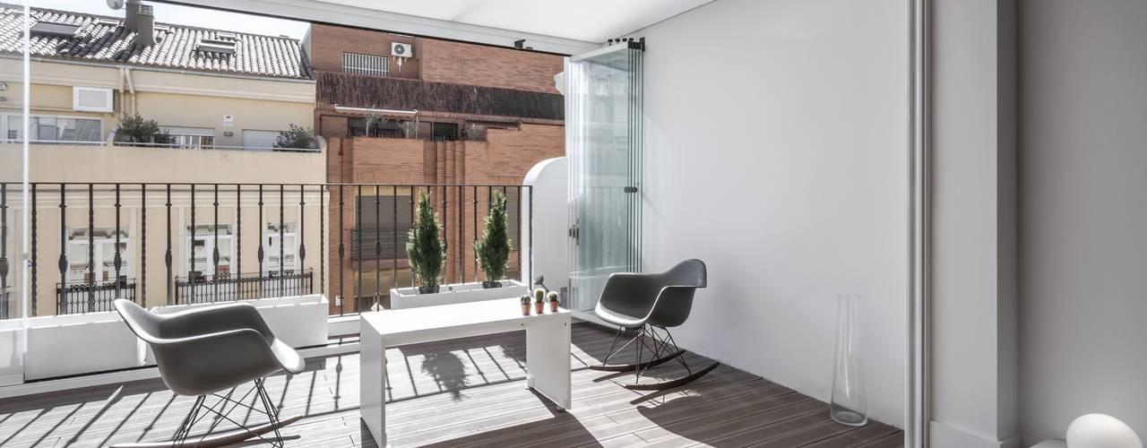 Balkon, Beranda & Teras Minimalis Oleh Hernández Arquitectos Minimalis