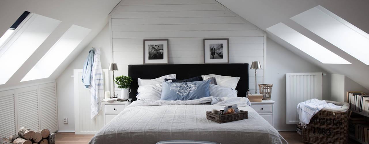 Apartament na Kabatach Skandynawska sypialnia od Studio Inaczej Skandynawski