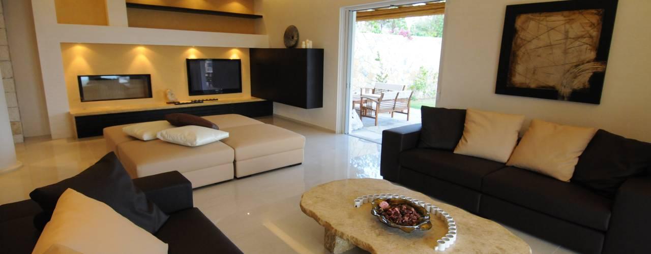Projekty,  Salon zaprojektowane przez CARLO CHIAPPANI  interior designer