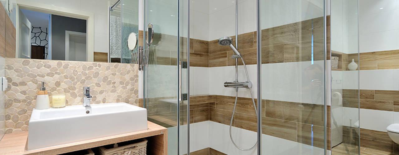 스칸디나비아 욕실 by Projekt Kolektyw Sp. z o.o. 북유럽