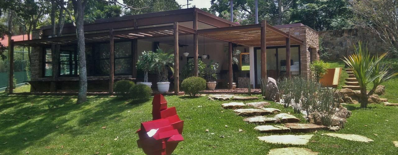 Casas de estilo rústico de Kika Prata Arquitetura e Interiores. Rústico