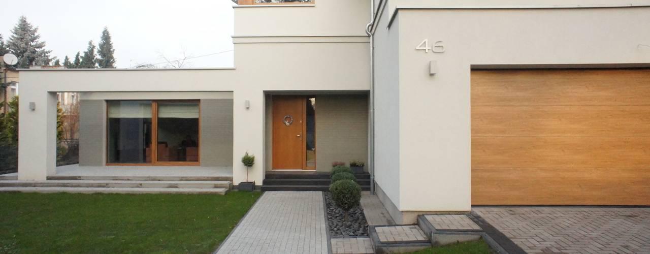 Sasiak - Sobusiak Pracownia Projektowa: modern tarz Evler