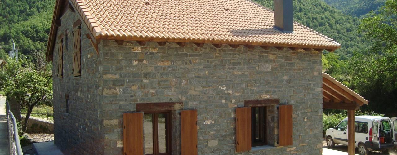 MODULAR HOME Salas de estilo rural