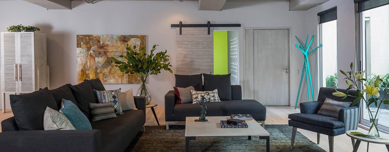 Salas / recibidores de estilo  por MARIANGEL COGHLAN, Industrial