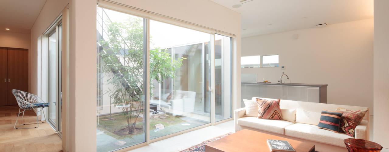 内田建築デザイン事務所 Eclectic style living room