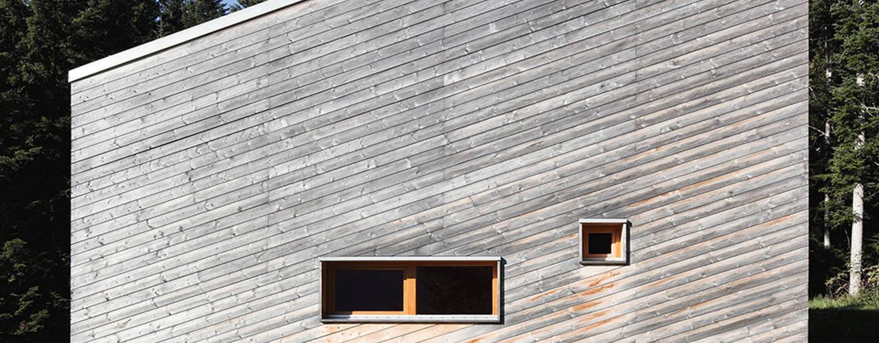 Modern houses by Yonder – Architektur und Design Modern