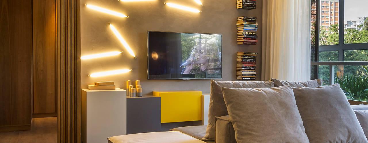 Projekty,  Salon zaprojektowane przez Studiodwg Arquitetura e Interiores Ltda.