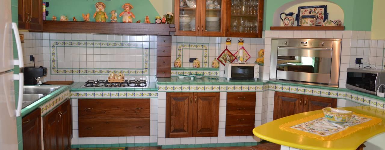 Cocinas de estilo  por Fazzone camini