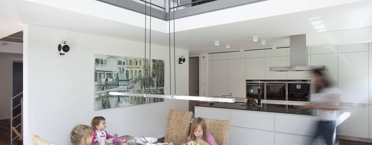 Кухни в . Автор – Koschany + Zimmer Architekten KZA