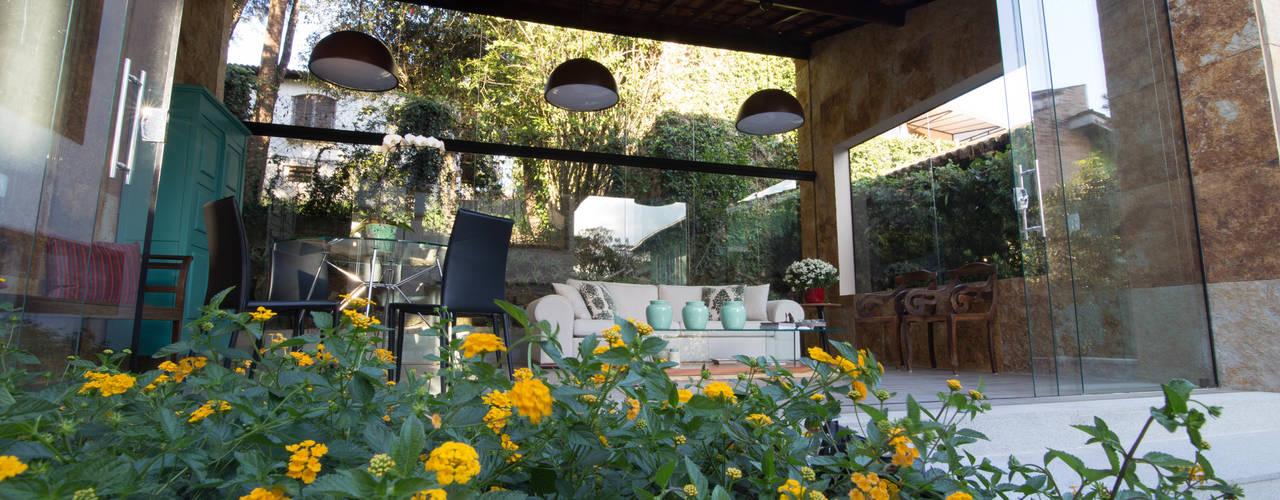CASA RETIRO DAS PEDRAS Jardins campestres por Mutabile Arquitetura Campestre