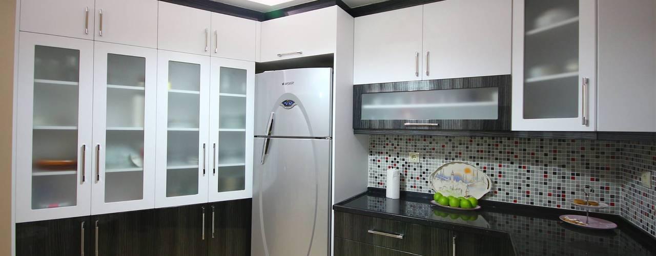 Nhà bếp phong cách hiện đại bởi Akdeniz Dekorasyon Hiện đại