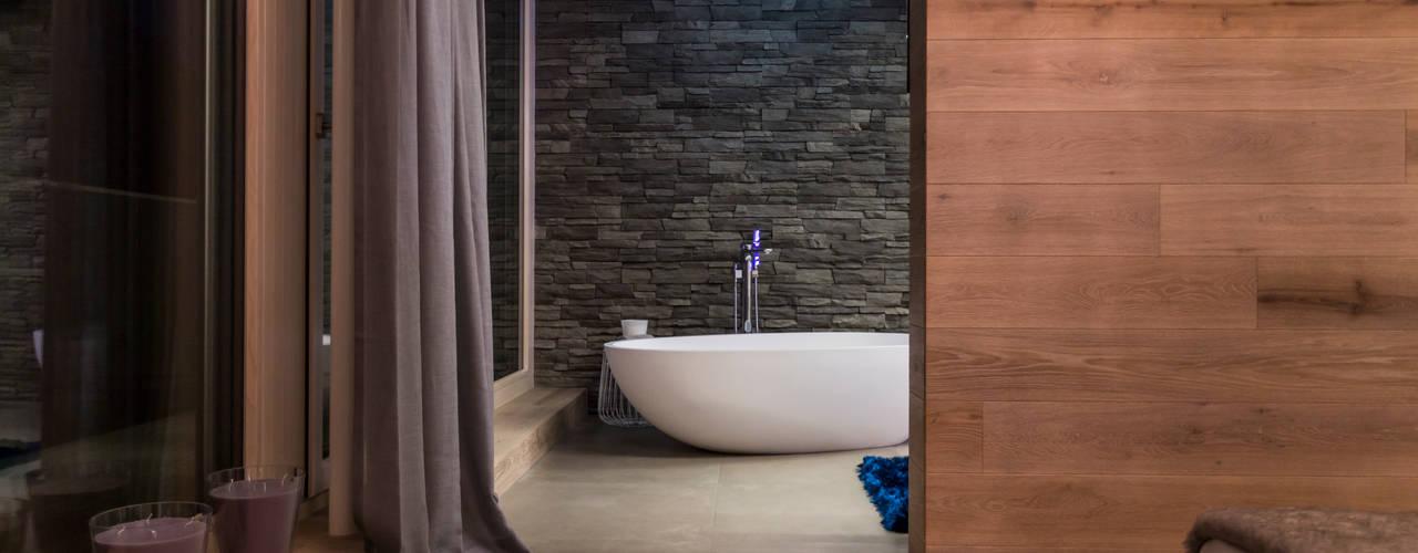 حمام تنفيذ ARKITURA GmbH, حداثي
